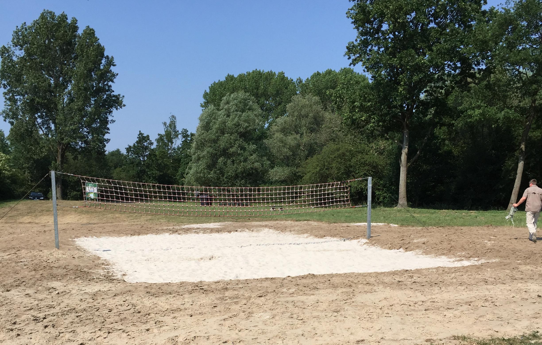 Ein Bild vom Volleyballfeld.