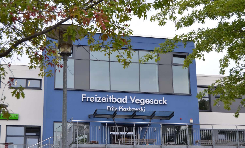 Außenansicht des Freizeitbads Vegesack.