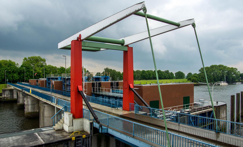 Das Lesumsperrwerk in Vegesacks Ortsteil Grohn.
