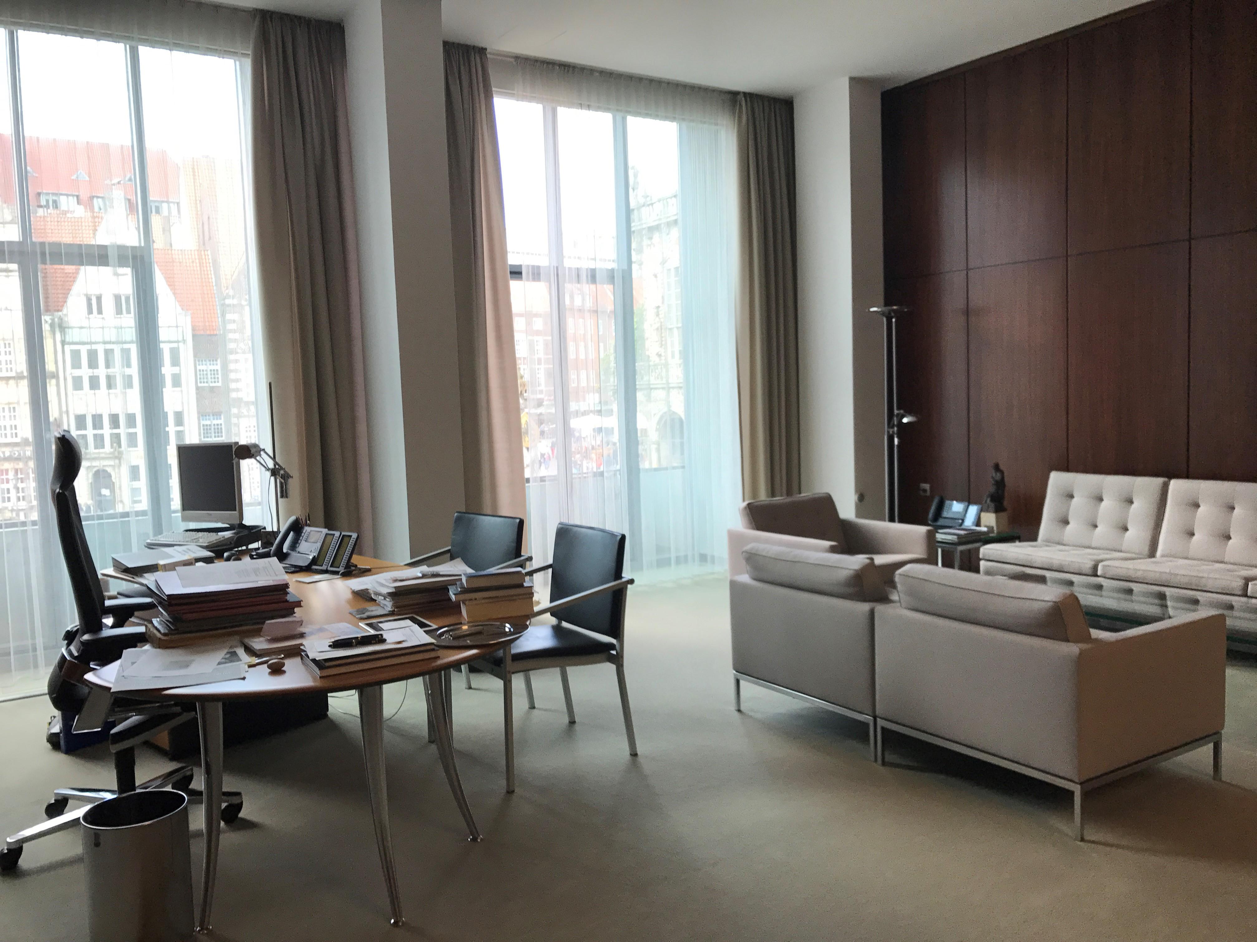 Blick in das Büro des Präsidenten der Bremischen Bürgerschaft