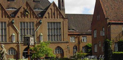 Frontansicht des Haupthauses der Egestorff-Stiftung