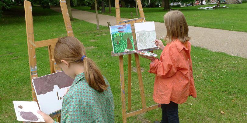 Kinder beim Sommerferienkurs in der Kunsthalle Bremen
