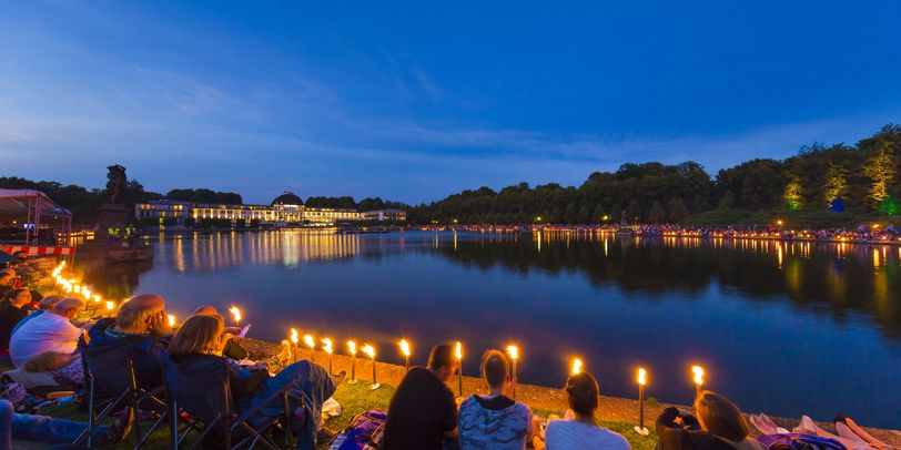 musik und licht am hollersee open air im sp tsommer. Black Bedroom Furniture Sets. Home Design Ideas