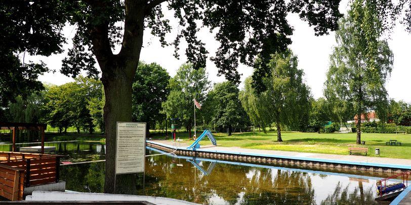 Fotografie des Schwimmbades Rottkuhle