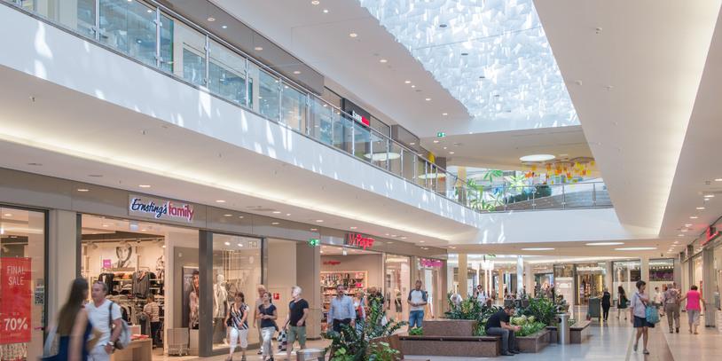 Ein Blick in das Einkaufszentrum Weserpark