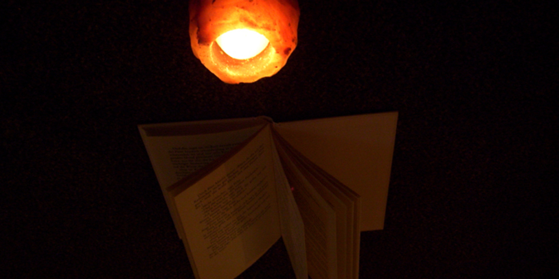 Kerze im dunkeln