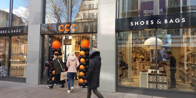 Eine Außenaufnahme des Geschäfts CCC Shoes and bags in der Hutfilterstraße 6-8