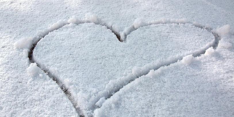 Herz im Schnee (Quelle: privat/KMU)