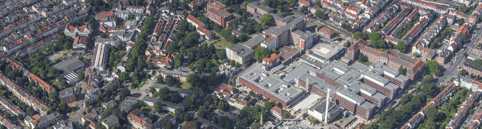 Luftbild zeigt das Klinikumgelände