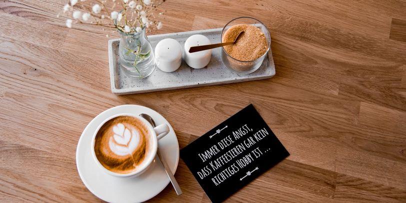 Capuccino mit Latte Art.