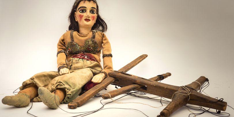 Eine altertümliche Marionette