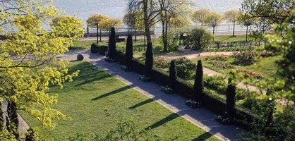 Blick auf einen Abschnitt des Stadtgartens in Vegesack an der Maritimen Meile.