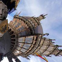 Kugelpanorama vom Marktplatz mit dem Roland im Mittelpunkt