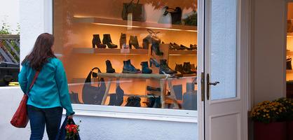 Schaufenster mit Schuhen