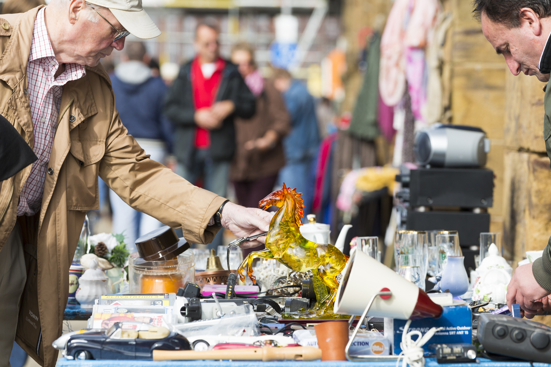 Flohmarkt an der Weserpromenade