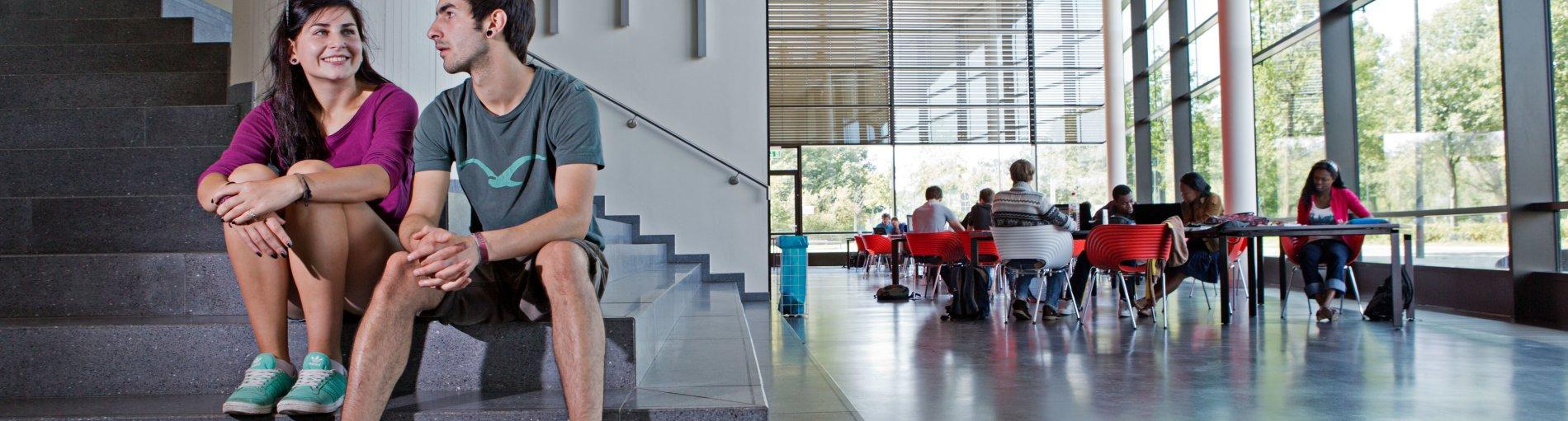 Lehre und Forschung auf Spitzenniveau - davon profitieren Studierende, Wissenschaftler wie auch der Wissenstransfer gleichermaßen.