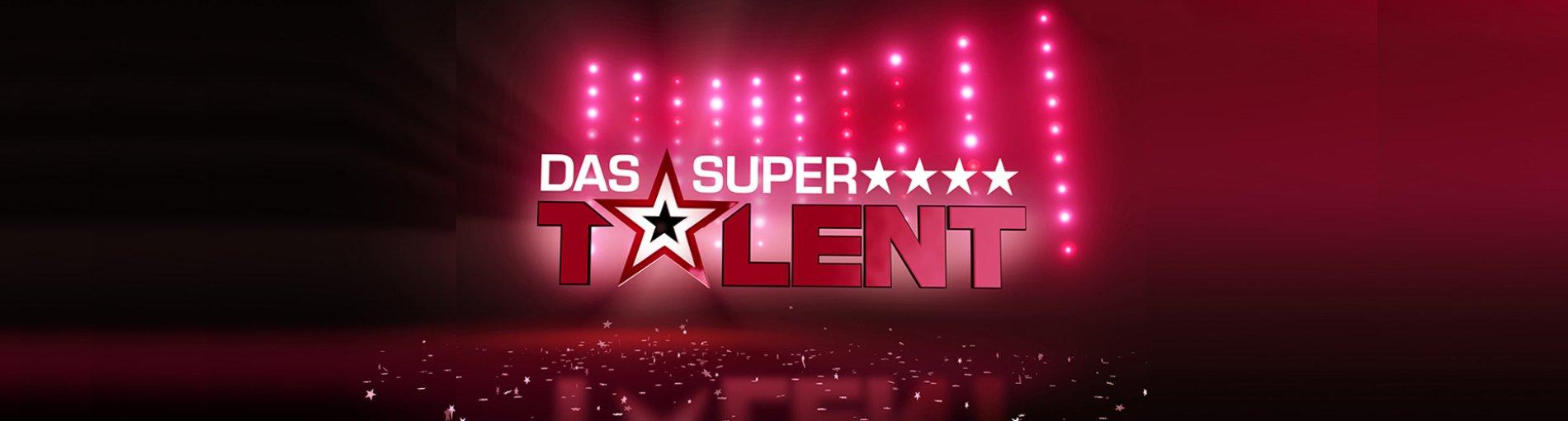 """Das Logo der Show """"Das Supertalent"""" vor einem schwarz-roten Hintegrund"""