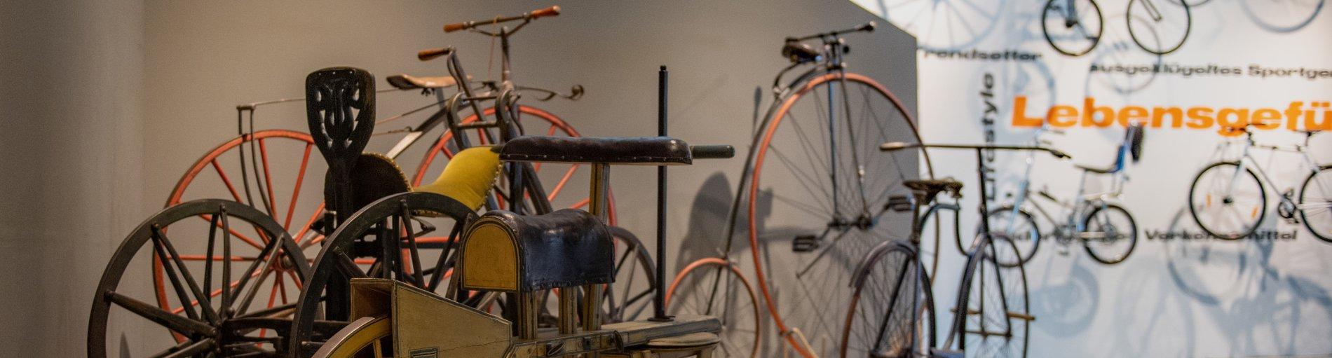 Verschiedene Fahrräder