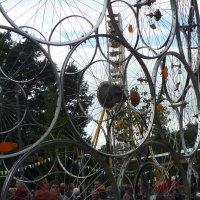 Installation aus Fahrradlaufrädern