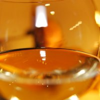 Gefülltes Weinglas