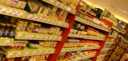 Regale im Supermarkt; Quelle: bremen.online GmbH - MDR