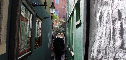 schmale Gasse im Schnoorviertel