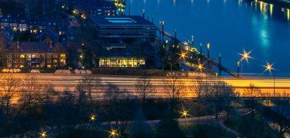 Skyline Bremens bei Nacht