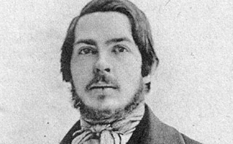 Schwarz-weiß Aufnahme des Revolutionärs Friedrich Engels.