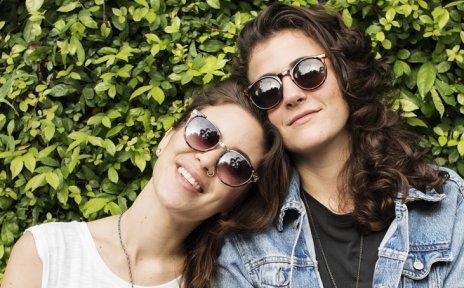 Ein Paar, zwei Frauen