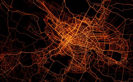 Die Heatmap von Bremen zeigt welche Strecken in welcher Intensität von Fahrradfahrenden genutzt werden. Je stärker eine Strecke befahren ist, umso heller wird sie dargestellt.