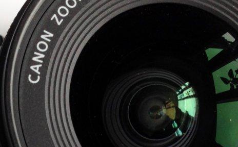 Objektiv einer Kamera