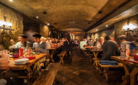 Restaurant der Gasthausbrauerei Schüttinger