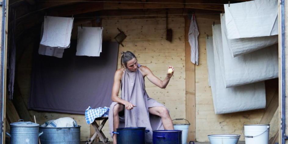 Atelier Spezial - Erdapfel - Messer - Wasser - Salz