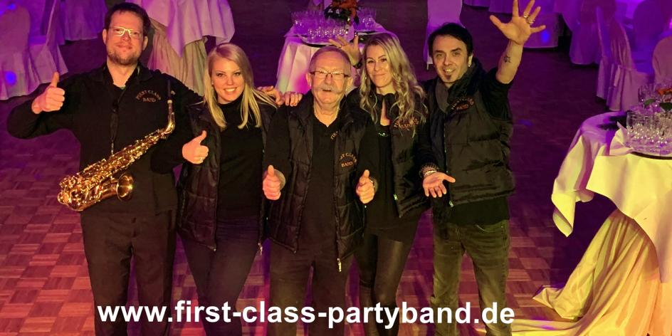 FIRST CLASS PARTYBAND = Top Party- und Tanzmusik Live Coverband