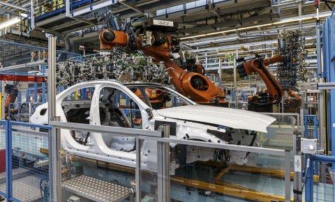 Produktion einer C-Klasse im Mercedes-Werk Bremen