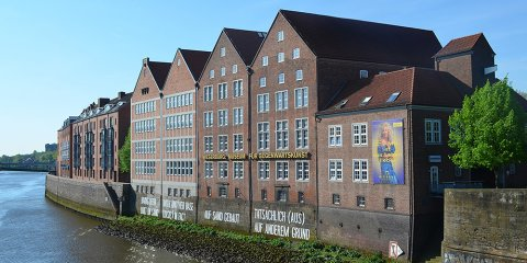 Die Außenfassade der Weserburg.