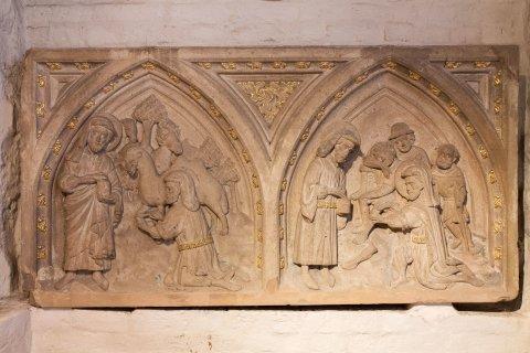 Ein Sandsteinrelief aus dem Dom-Museum