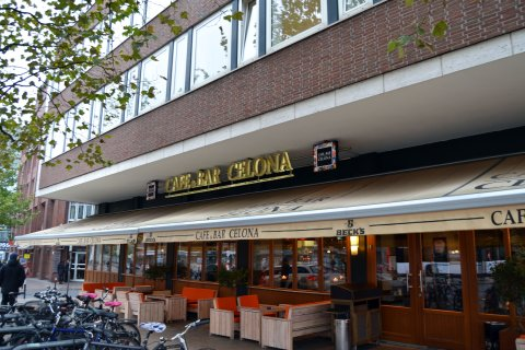Café & Bar Celona am Brill Außenansicht