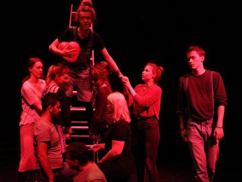 Moks Box - Theaterprojekt der Jungen Akteure