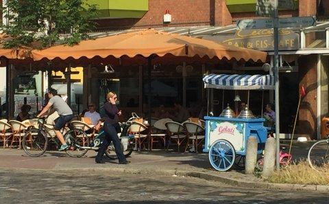 Außenansicht von dem Eiscafe Cercena in Findorff.