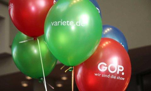 Bunte Luftballons vom GOP Theater