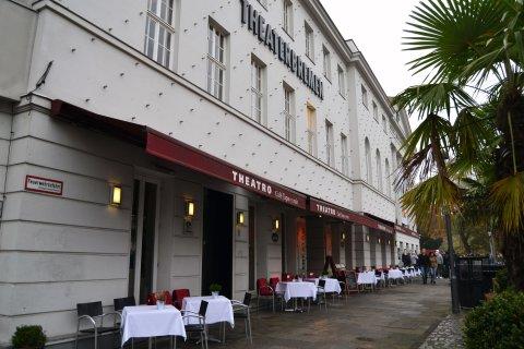 Theatro neben dem Goethetheater Außenansicht