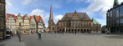 Ansicht vom Bremer Marktplatz mit Blick auf das Rathaus