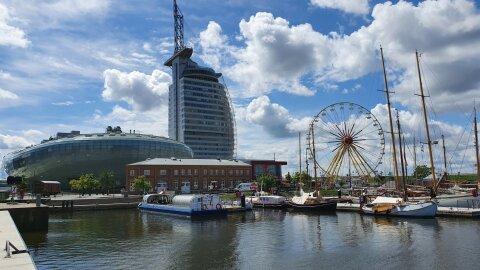 Skyline des Neuen Hafens in Bremerhaven.