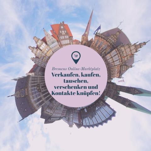 Eine Tiny-Planet-Aufnahme zeigt den Bremer Markplatz in 360 Grad, in der Mitte der Gebäude ein Text-Hinweis auf das Schwarze Brett.