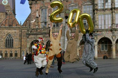 Die Bremer Stadtmusikanten feiern ausgelassen ihren 200. Geburtstag von März bis Oktober 2019.
