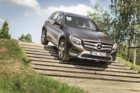 Offroad-Parcours The Rock bei Mercedes-Benz Bremen