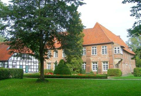 Burg Blomendal im Bremer Norden