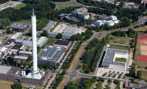 Der Fallturm aus der Luft fotografiert; Quelle: WFB/terra-air-services