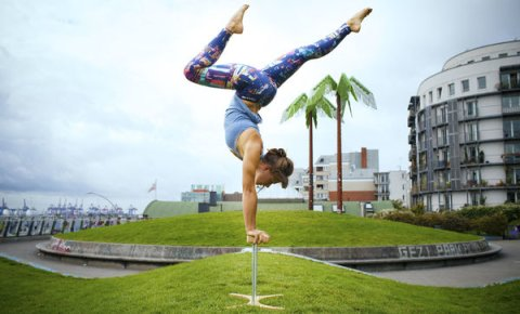 Handstand Workshop - A Summer's tale